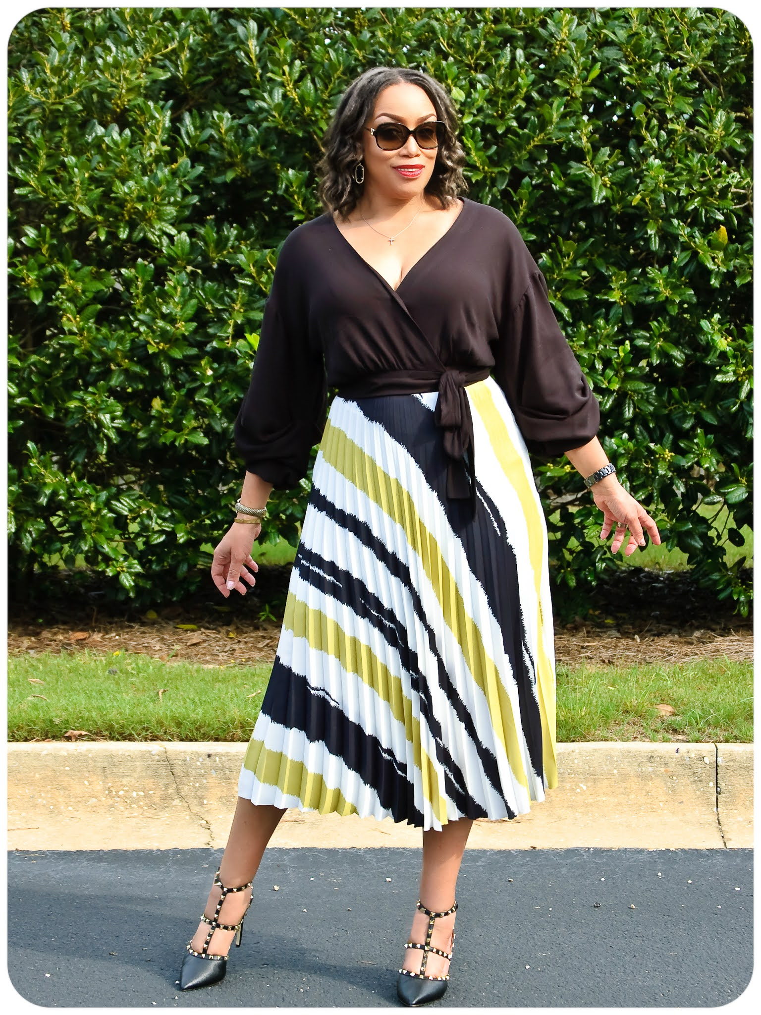 Simplicity 8644 Wrap Top & Threadymade Pleated Skirt - Erica Bunker DIY Style!