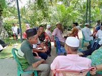 Babinsa Koramil 08/PB Melaksanakan Komsos Dengan Melayat Di Kelurahan Beting Kuala Kapias