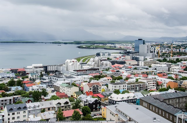 How Iceland Beat the Coronavirus: without Imposing Lockdown