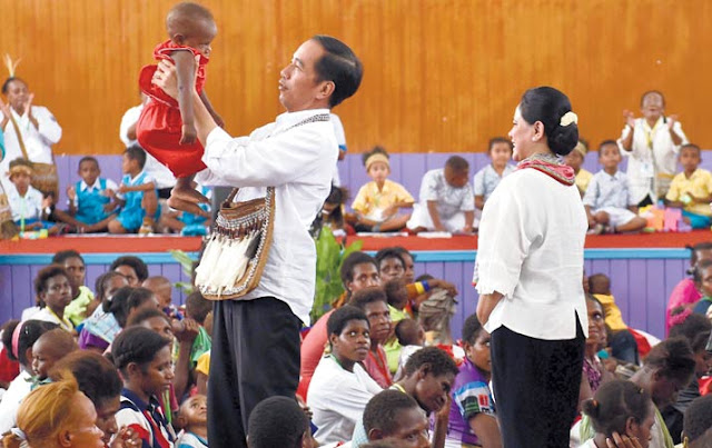 Jokowi dan Tanah Papua