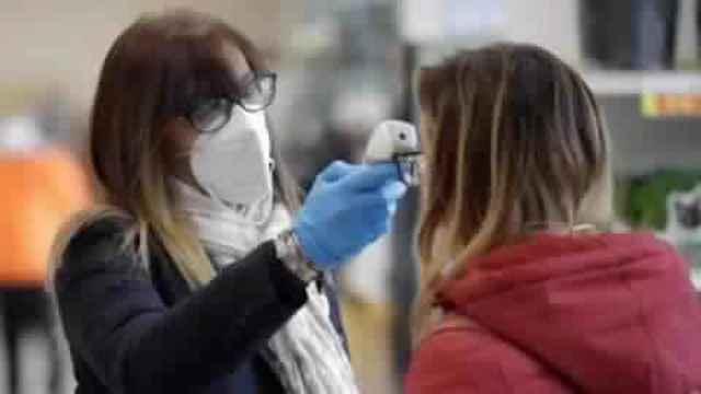 फैक्ट चेक: क्या भारत में बाकी देशों से महंगा है कोरोना वायरस का टेस्ट?