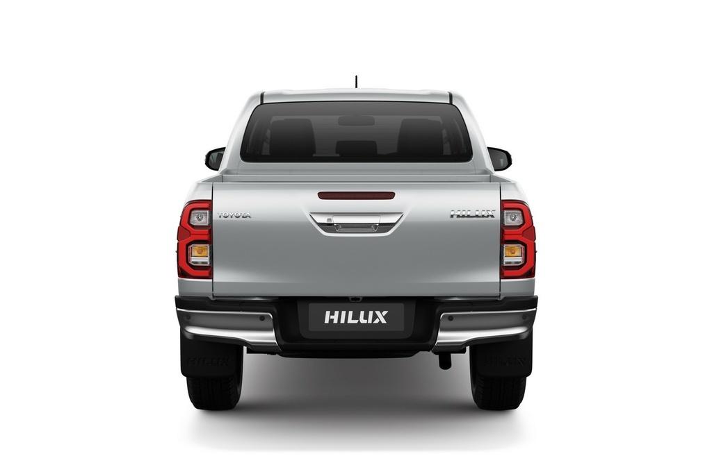 Toyota Hilux 2021 ra mắt - thiết kế mới, nâng cấp trang bị và động cơ