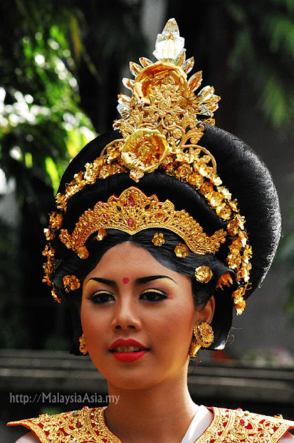 Traditional Balinese Headdress
