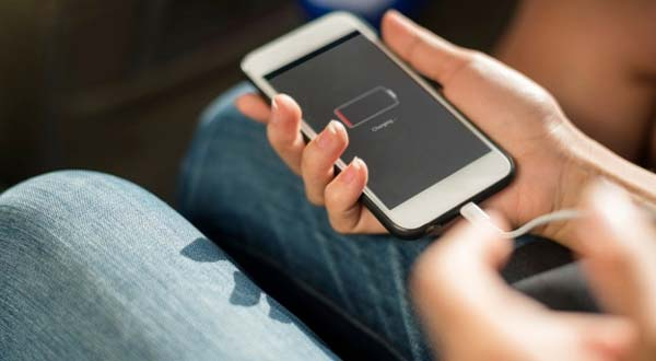 Ampuh! Ini 7 Cara Agar Baterai HP Cepat Penuh Saat di Cas