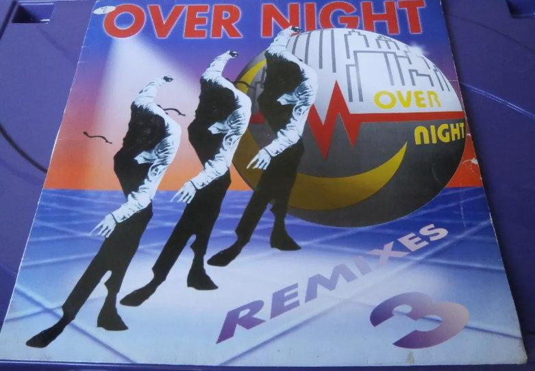 Dคภςє Aภ๏ร 90: OVER NIGHT VOLUMES 1 2 3 4 E 5