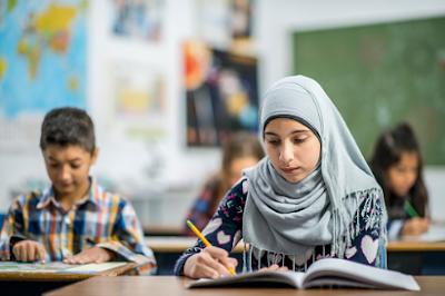 Kumpulan Slide PPT Pembelajaran Agama Islam SMP Kelas VIII (Lengkap)