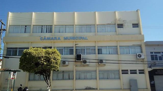 Câmara de Vereadores de Delmiro Gouveia vai ser investigada pelo MP, após denúncia sobre supostas irregularidades na  folha de pagamento dos servidores