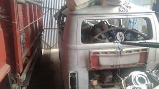Dijual bahan bodi VW kombi 79
