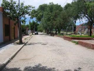 Letras y Acordes - La Calle Angosta