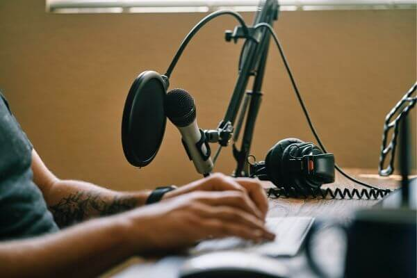jobs for voice overs