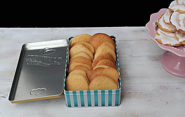 bolos de gema ou bolos de romaria