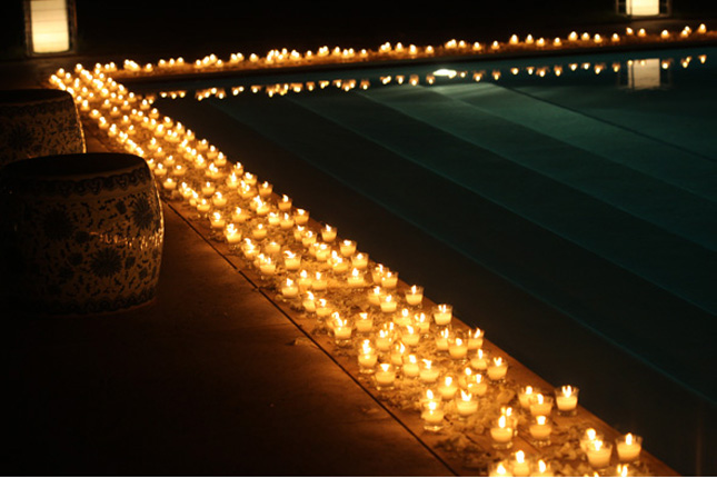 Fill The Pool With Floating Candles Flowers Or Lanterns A Great Selection Is Available At Lunabazaar Here An Inspiring Gallery Of Decorations