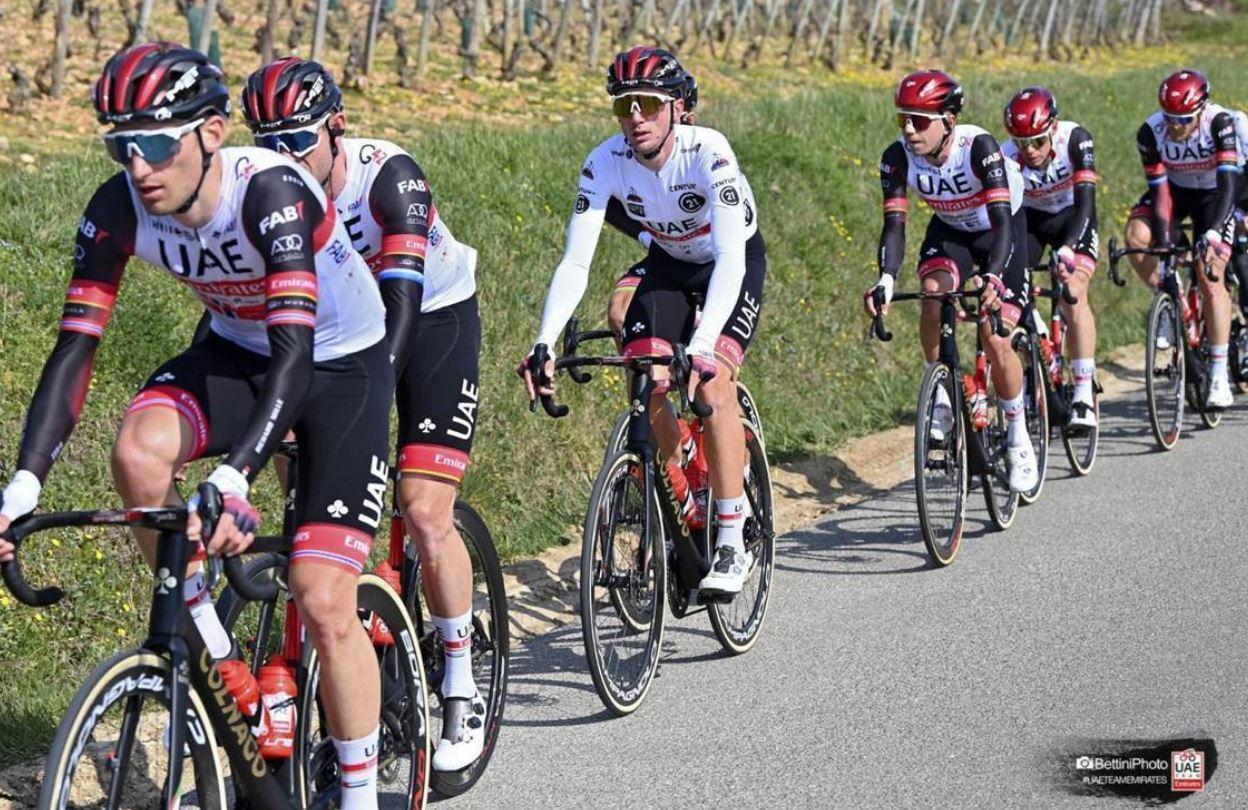 """""""الإمارات للدراجات"""" يحقق مراكز متقدمة في المرحلة الأولى من سباق تيرينو بايطاليا والتصنيف العام في فرنسا"""