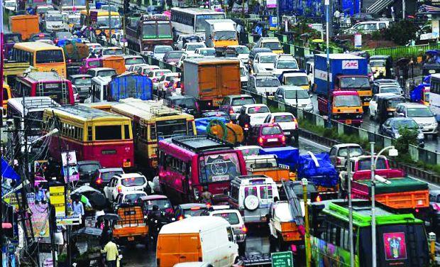 കൊച്ചിയിലെ ഗതാഗതക്കുരുക്ക് : ഹൈക്കോടതി ഇടപെട്ടു