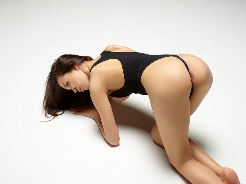 [Art] Nicolette - Swimsuit Model - Girlsdelta