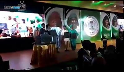 Buhari, Osinbajo Unveil Bayo Omoboriowo's Democracy Photo Book At June 12 Dinner