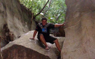Acantilados la Roca Vereda Perico Tolima