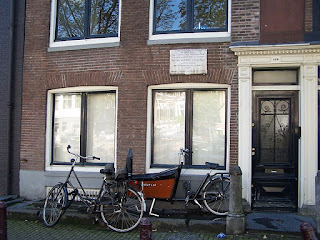 The house on Prinsengracht in Amsterdam, where Locatelli died in 1764, is marked with a commemorative plaque