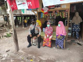 Patroli Disiplin Prokes Bhabinkamtibmas Polsek Curio Sampaikan Hal Ini Pada Warganya
