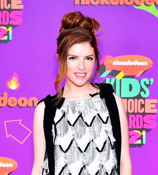 Anna Kendrick arrives in style for the 2021 Kids' Choice Awards