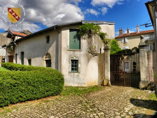 BOUXIERES-AUX-DAMES (54) - Demeure bourgeoise (XVe-XVIIe siècles)