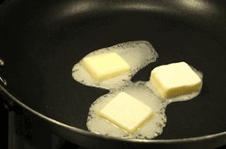 Mentega yang mencair saat digunakan memasak www.simplenews.me
