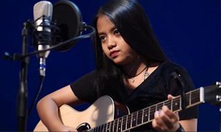 Download Lagu Mp3 Pop Terbaik Hanin Dhiya Full Album Paling Populer Lengkap