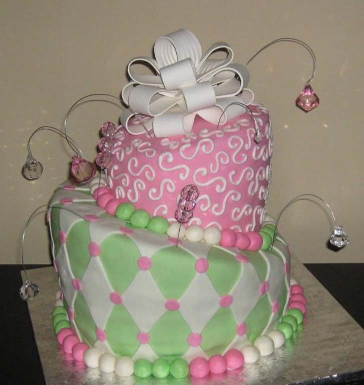 Green And Pink Birthday Cake Design Ideas