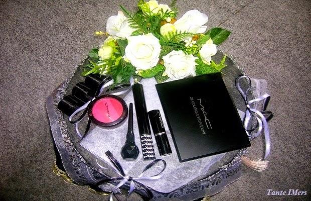 Model Hiasan Makeup Seserahan Pernikahan : Kiddle.ID