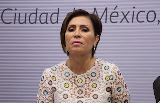 ¿Rosario Robles firmó la carta de libertad de expresión a AMLO?