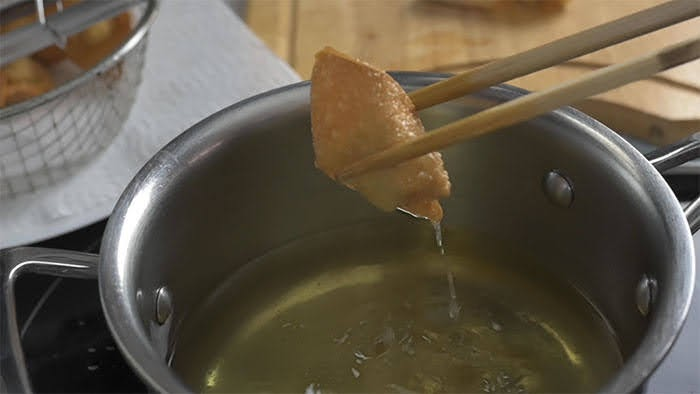 Golden fried wonton