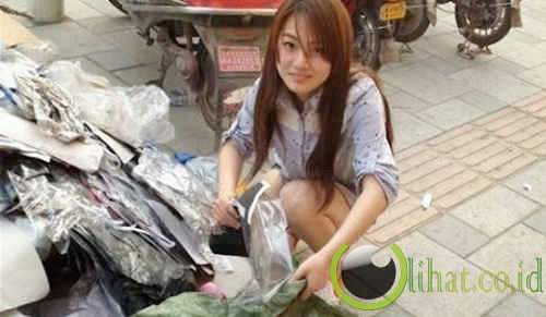 Gadis dari Nanjing - Pemulung