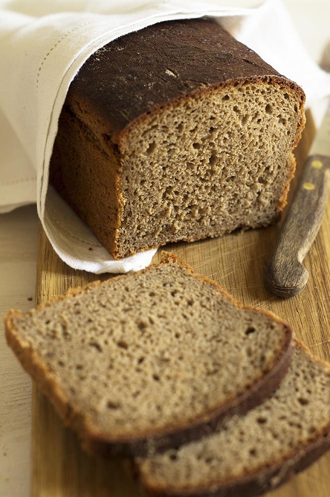 Chleb żytni z na zakwasie z ziemniakami