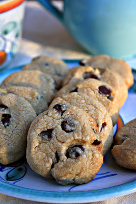 A delicious shortbread-style chocolate chip cookie with wholegrain flour
