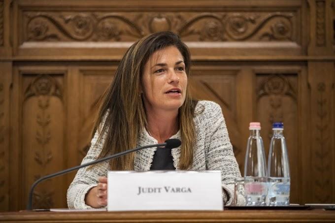 Varga: az online térben is meg kell védeni az emberek jogait