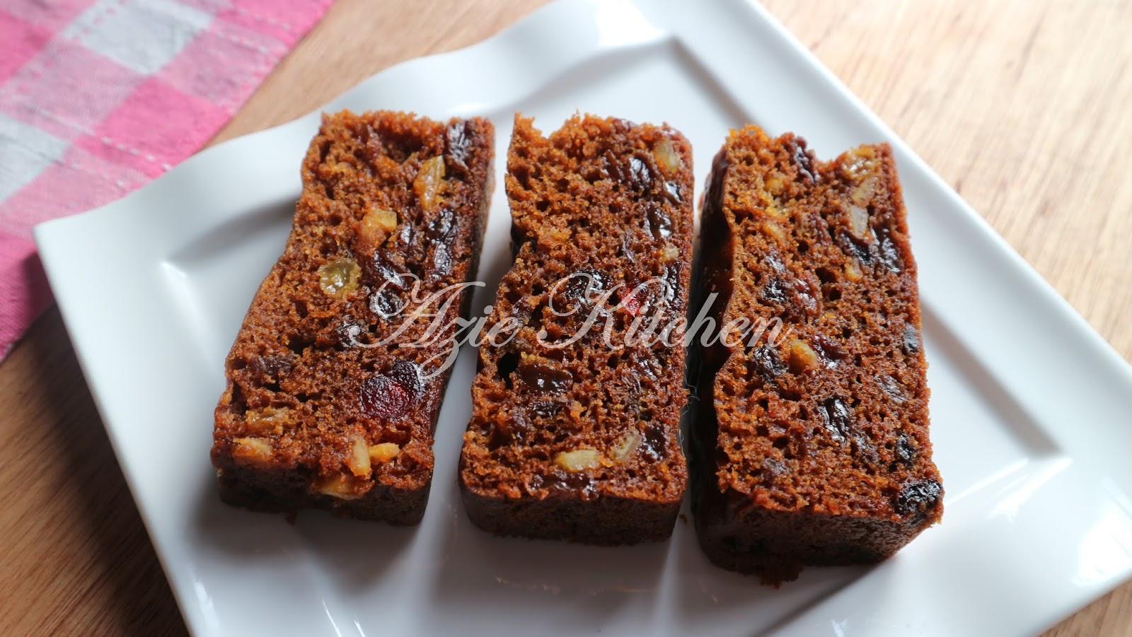 Kek Buah Kukus Sangat Sedap Dan Moist Azie Kitchen