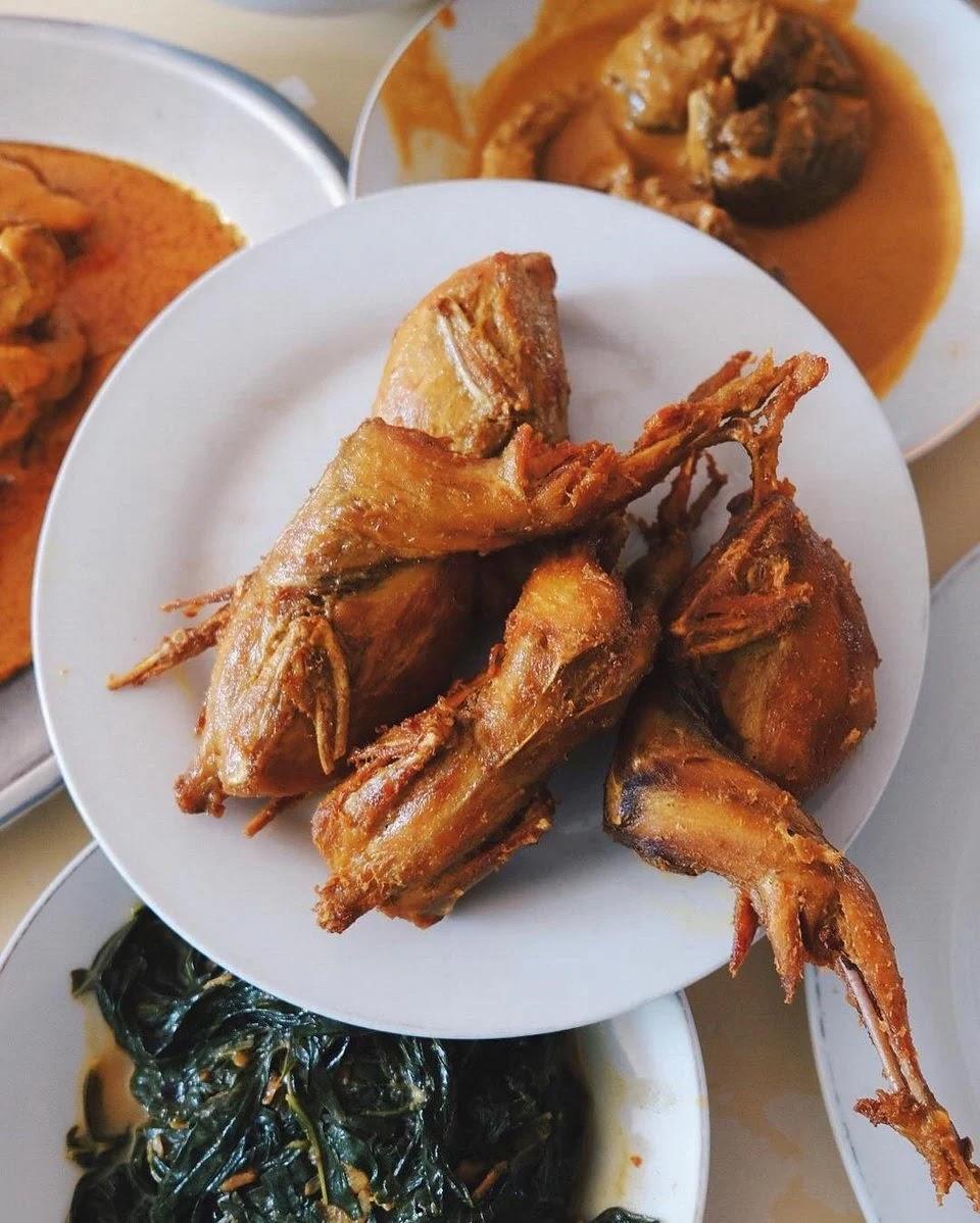 Burung punai goreng, makanan khas Pontianak