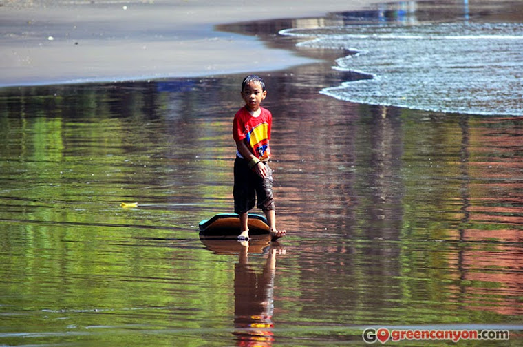 Little Surfer at Batu Karas