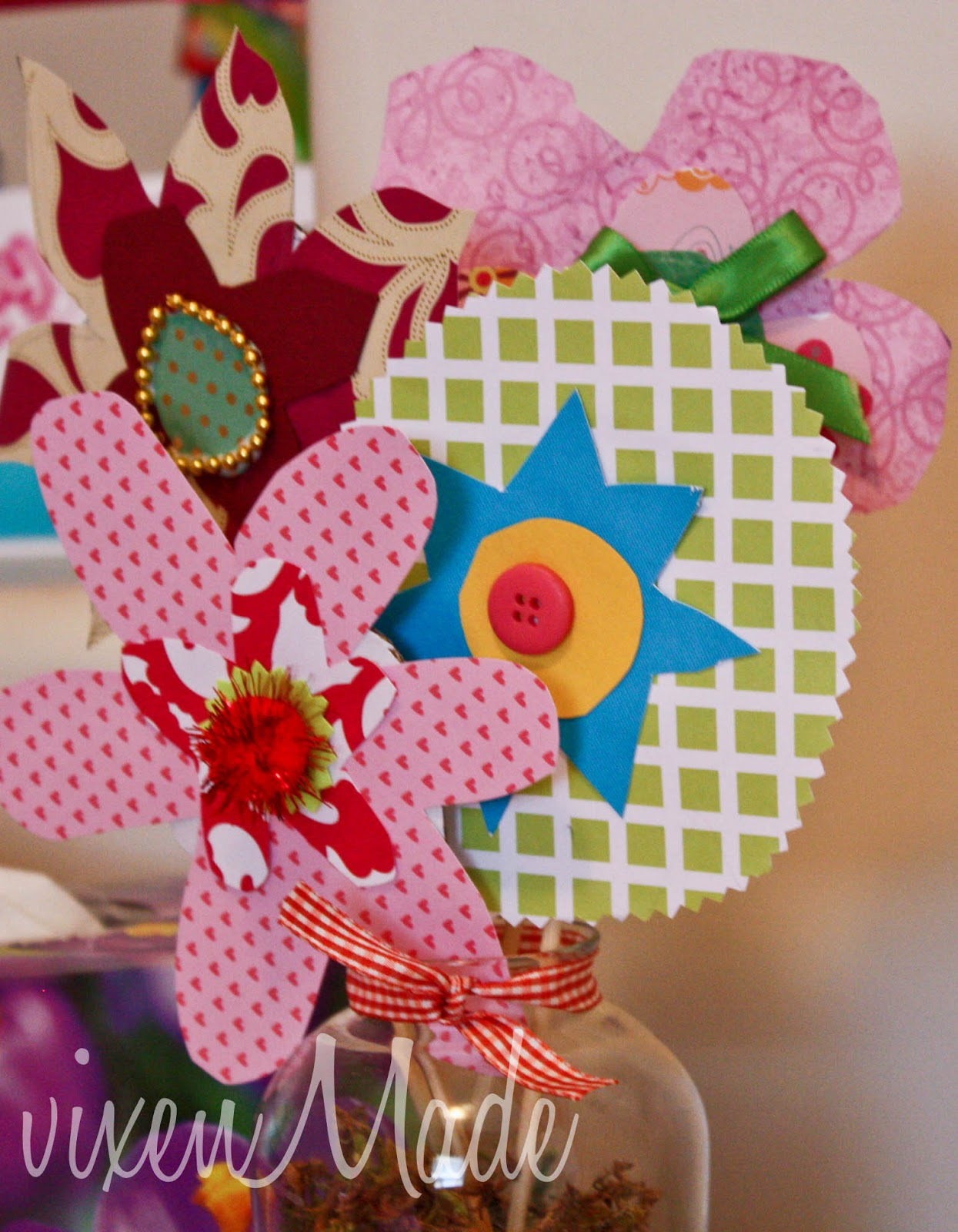 Kids craft paper flower bouquet vixenmade parties have fun and have a lovely day izmirmasajfo