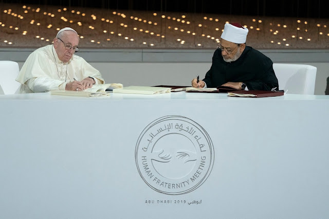 Isi Dokumen yang Ditandatangani Grand Syekh Al-Azhar-Paus: Tuhan Tidak Perlu Dibela