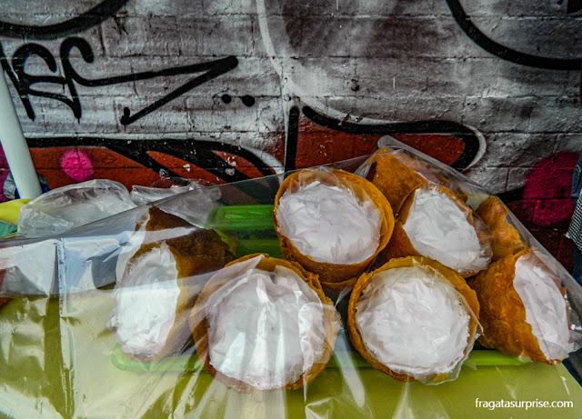 Merengue na casquinha de sorvete no Mercado de Coyoacán