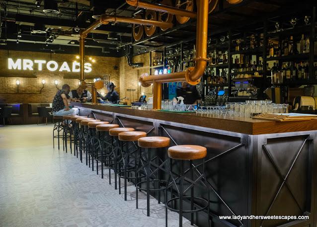 Mr. Toad's Pub and Kitchen interior