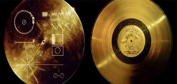 Τι είναι ο  χρυσός δίσκος του voyager για ποιους έστειλαν  το αρχαίο ελληνικό μήνυμα;