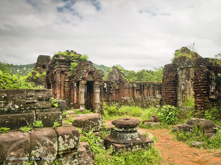 Santuario de My Son - Vietnam por El Guisante Verde Project