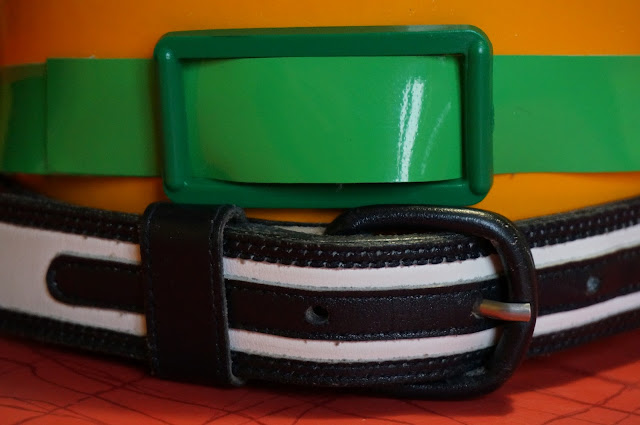 des ceintures  green vinyl belt  white and black belt