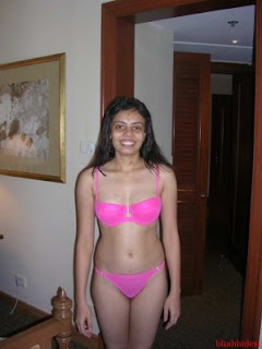 Desi Indian Bhabhi in Nighty Without Clothes