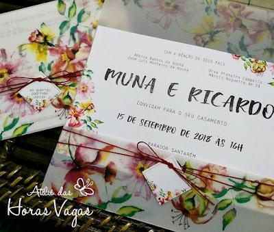 convite de casamento artesanal personalizado envelope vegetal estampa floral aquarelado vermelho marsala delicado sofisticado luxo diferente wedding