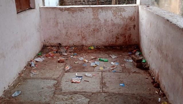 कारला (पी) येथील जि. प. शाळा बनली दारू, जुगार, गुटख्याचे माहेर घर -NNL
