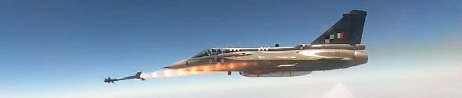 How 'New' Israeli Missile Python-5 Gives More Teeth To Tejas Jets