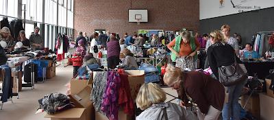 Flohmarkt in der Sporthalle Krempe